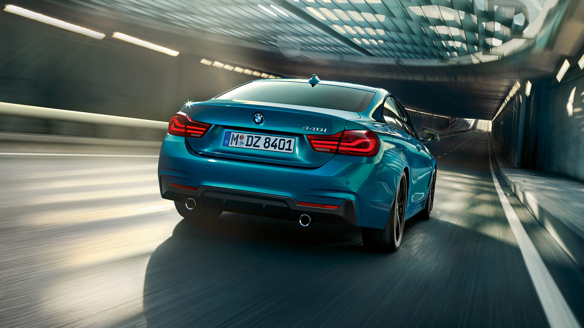 bmw-4-series-coupe-inspire-highlight-desktop-03