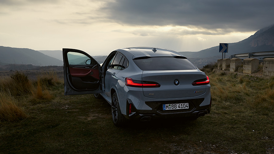 bmw-x4-onepager-ms-financial-services